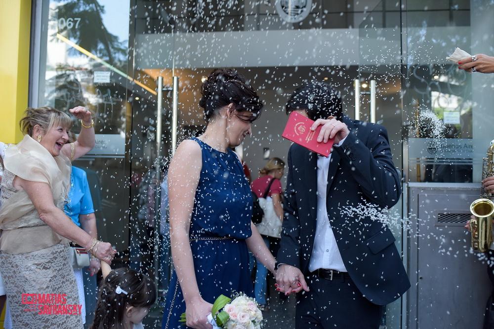 Fotos del casamiento de Agostina y Fernando en espacio Idear por Matias Savransky Fotografia