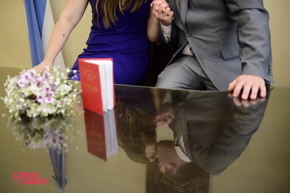 Fotos del casamiento por civil de Daniela y Sebastian por Matias Savransky fotografia