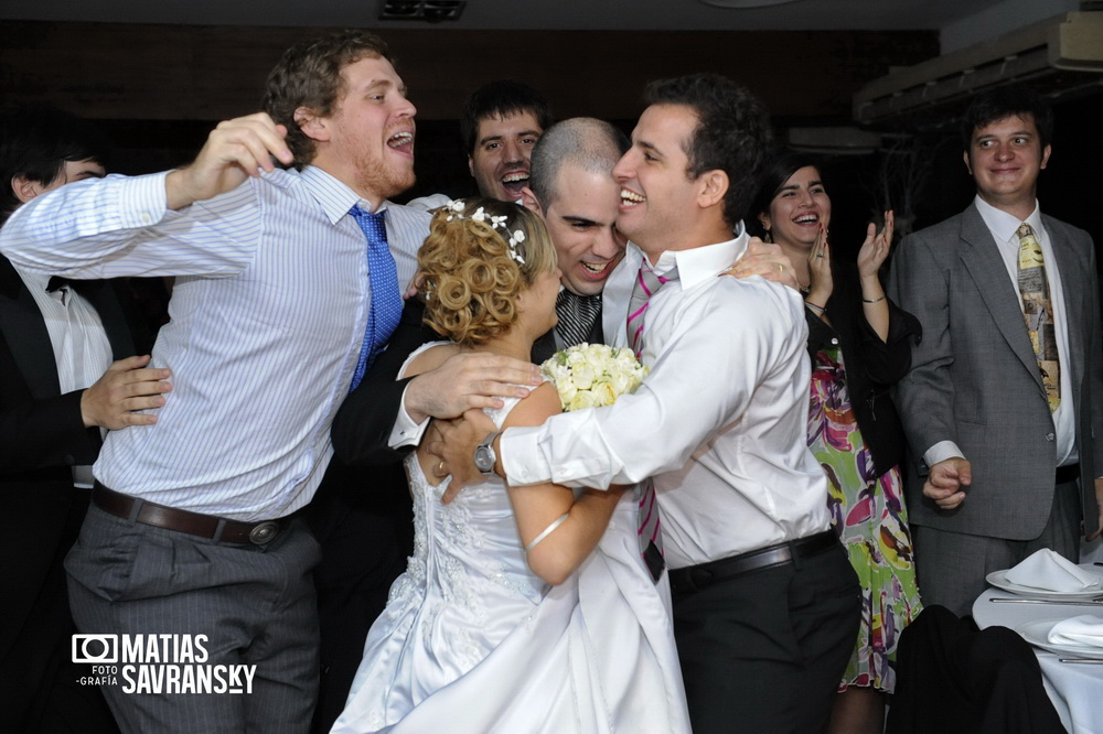 Casamiento de Vale y Rafa en la Escondida de Dorrego por Matias Savransky fotografia