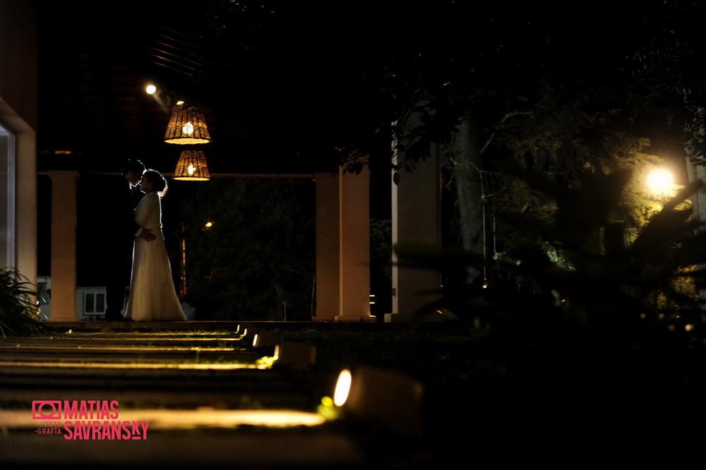 Las fotos del casamiento de Pamela y Dario en la Quinta de Bella Vista por Matias Savransky fotografia