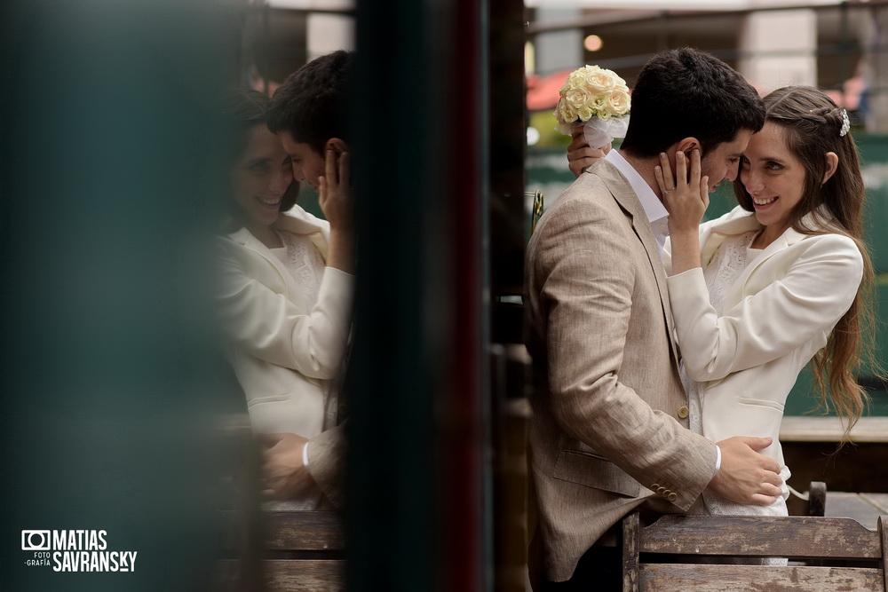 Fotos de casamiento en el civil de Coronel diaz por Matias Savransky fotografia