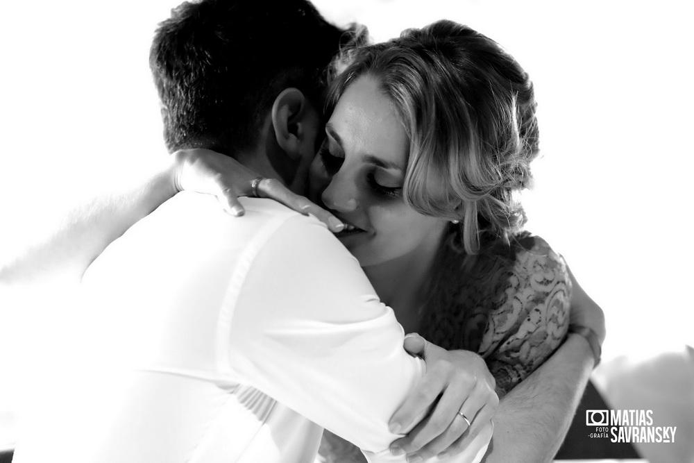 fotos de casamiento en la parolaccia  de san isidro andrea y gonzalo por matias savransky fotografia