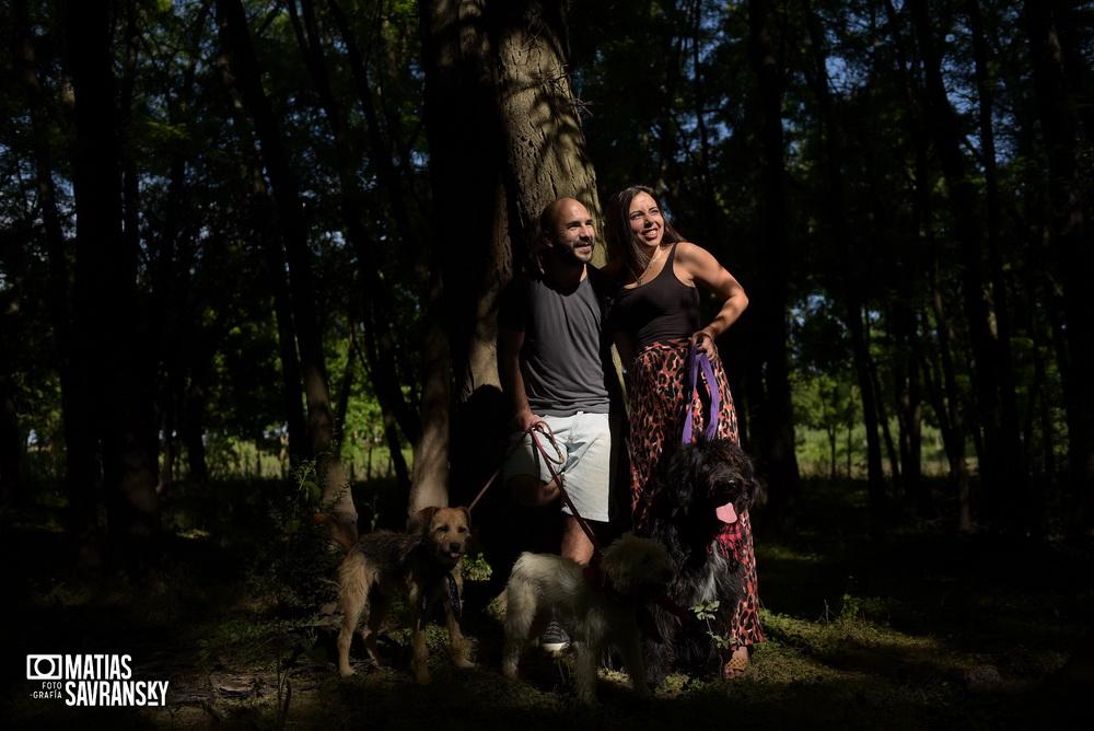 Fotos de pre boda en lagos del rocio por matias savransky fotografia