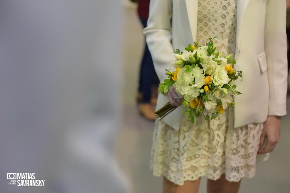 Fotos de casamiento en el civil de la calle Beruti por Matias Savransky fotografo de Buenos Aires