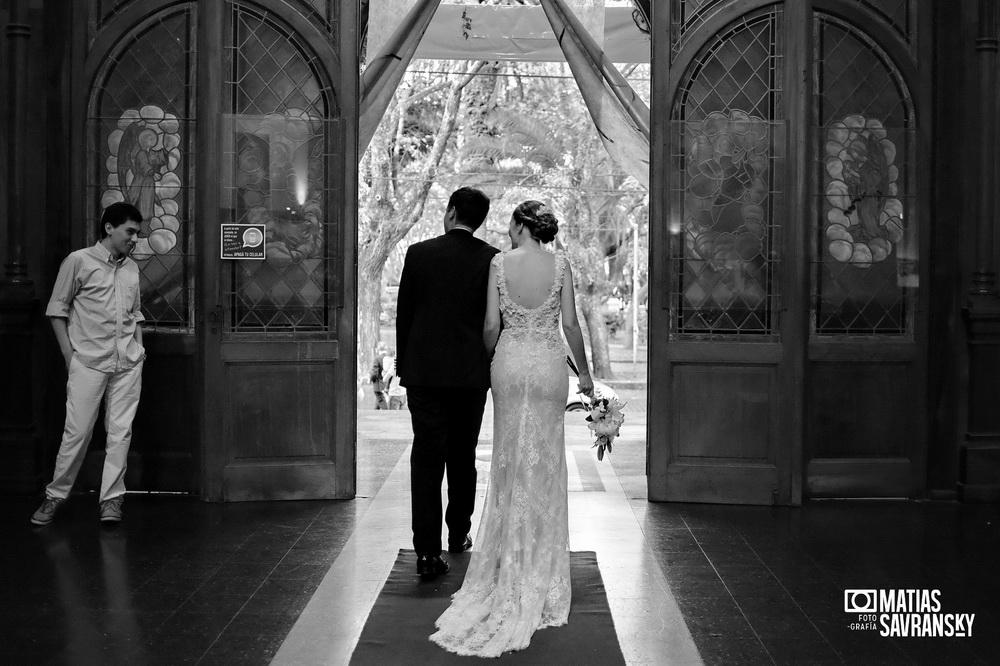 Fotos de casamiento Parroquia Jesus en el huerto de los Olivos por Matias Savransky fotografo de Buenos Aires