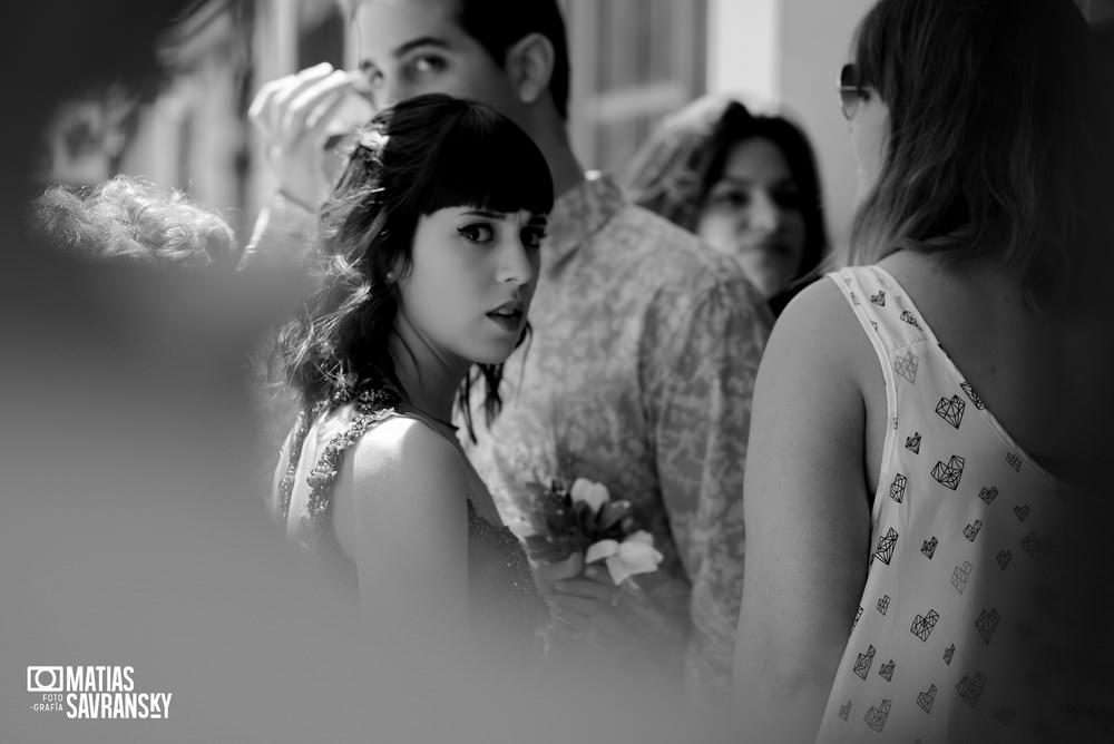 Fotos de casamiento registro civil Ituzaingo de Natacha y Santiago por Matias Savransky fotografo Buenos Aires