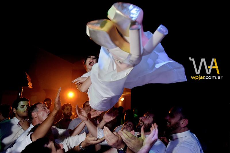 foto de casamiento premiada en la wpjar por matias savransky fotografo buenos aires