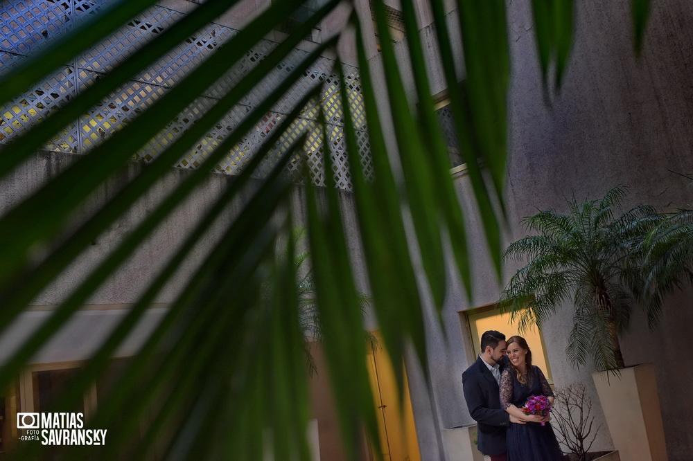 foto de casamiento registro civil calle uruguay de caro y kike por matias savransky fotografo buenos aires