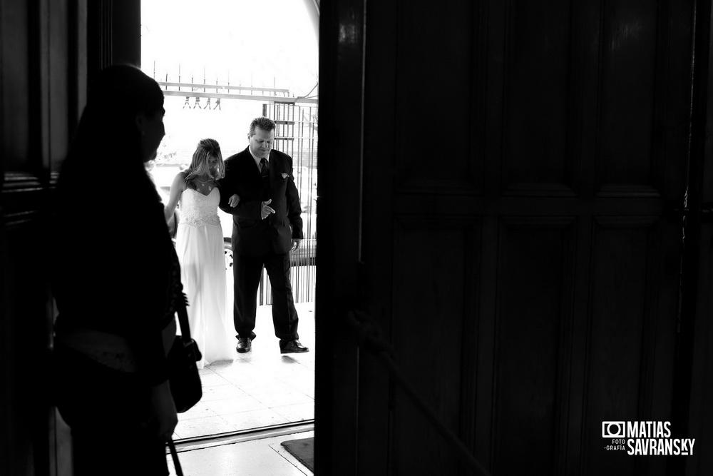 fotos casamiento parroquia san judas tadeo de eliana y jonathan por matias savransky fotografo buenos aires