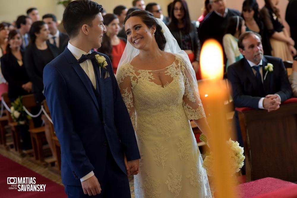 Foto casamiento Parroquia San Francisco Solano Bella Vista de Mailen y Sacha por Matias Savransky fotografo Buenos Aires
