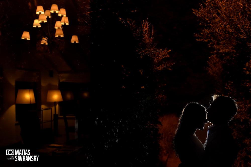 sesion de fotos pre boda en santa lucia por matias savransky fotografo buenos aires