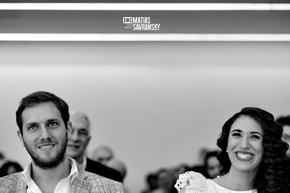 foto casamiento civil comuna 12 calle holmberg por matias savransky fotografo buenos aires