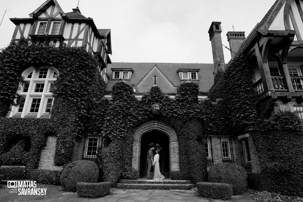 foto casamiento sesion pre boda en estancia villa maria por matias savransky fotografo buenos aires