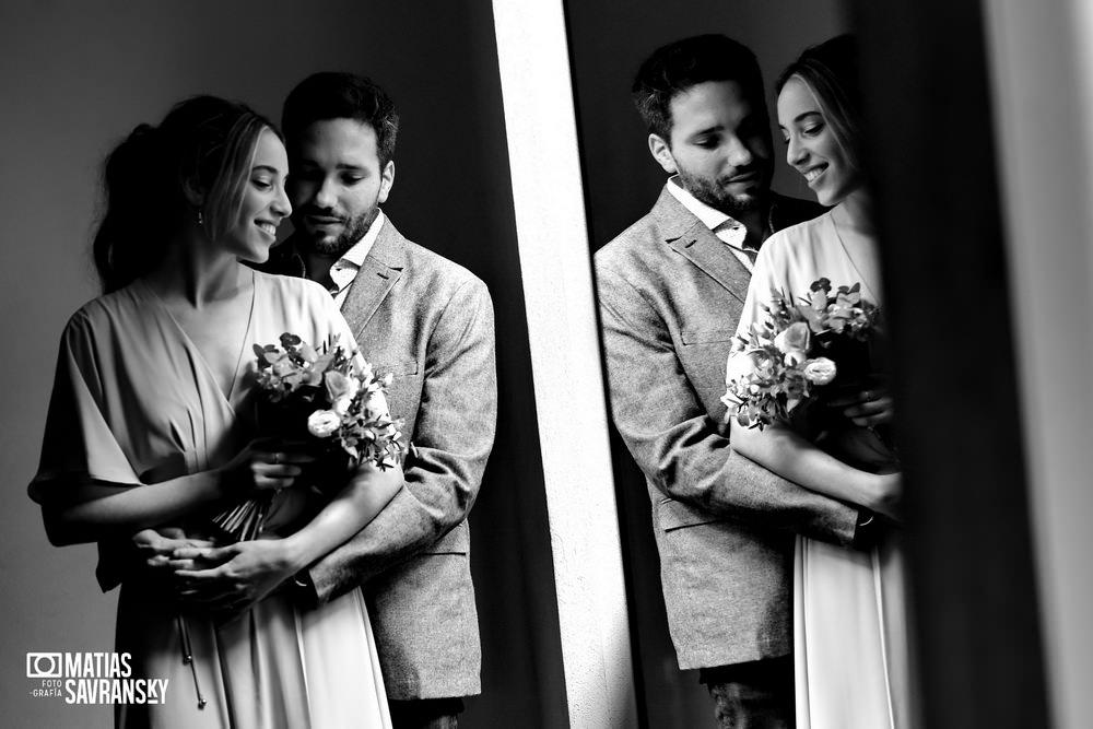 foto casamiento civil calle uruguay por matias savransky fotografo buenos aires