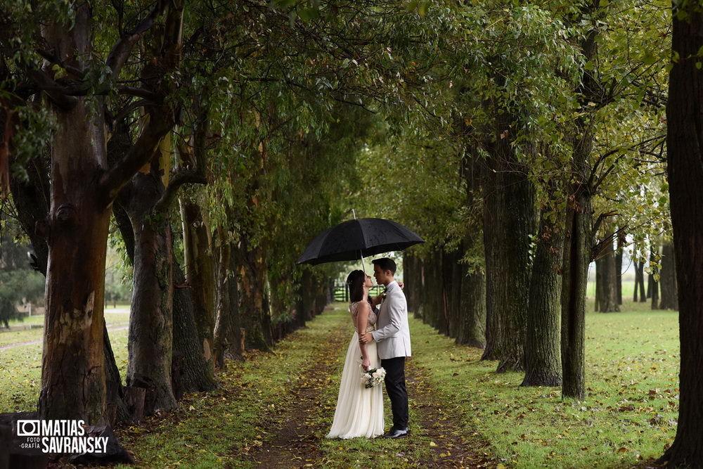 foto casamiento en alamos cañuelas por matias savransky fotografo buenos aires